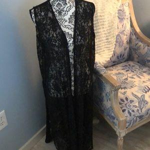 Black Lace Lularoe Joy size L